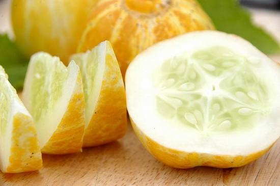 Lemon-cucumbers-recipes-5-550x365